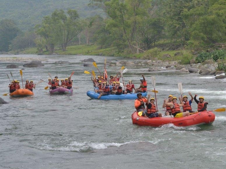 Maximum fun when descending the river