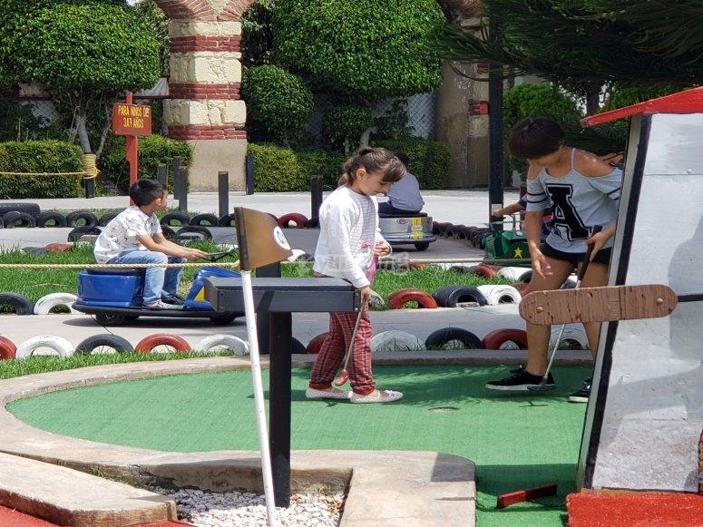 Minigolf y mini karts