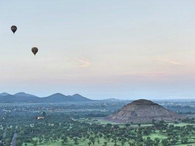 Air balloon flight in Teotihuacán