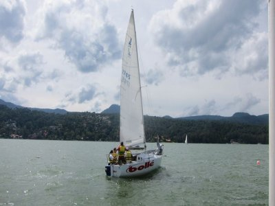 Sailboat trip by Valle de Bravo for 1 hour