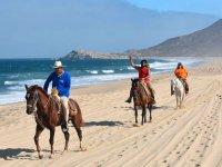 Cabalgata por las dunas de Playa Migriño