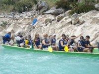 Grupos en canoa