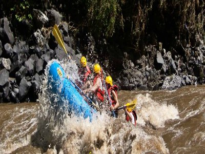 Rafting in Amacuzac river
