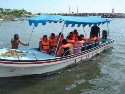 Paseo en lancha hasta Cancuncito, 80 min