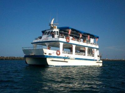Renta de catamarán 130 personas en Veracruz