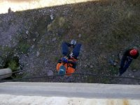 rappel to the ground