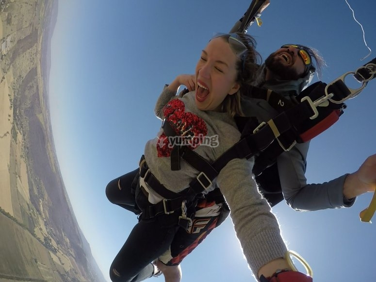 Enjoy parachuting