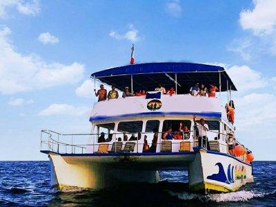 Catamarán Reventón Huatulco