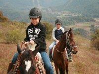 rutas a caballo con peques