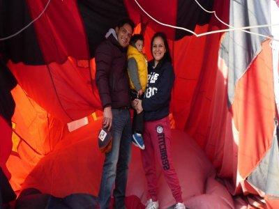 Paseo en globo compartido para niños en Cantona