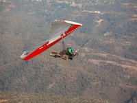 Pictures and video of a hang-gliding flight