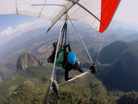 Hang gliding in Valle de Bravo pictures & video