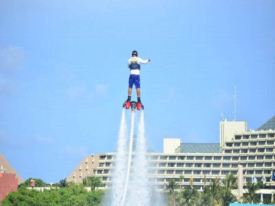 Flyboard in Cancun water park 15 minutes
