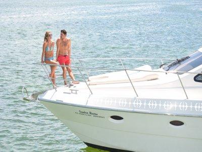 Private boat trip in Cancun 6 hours
