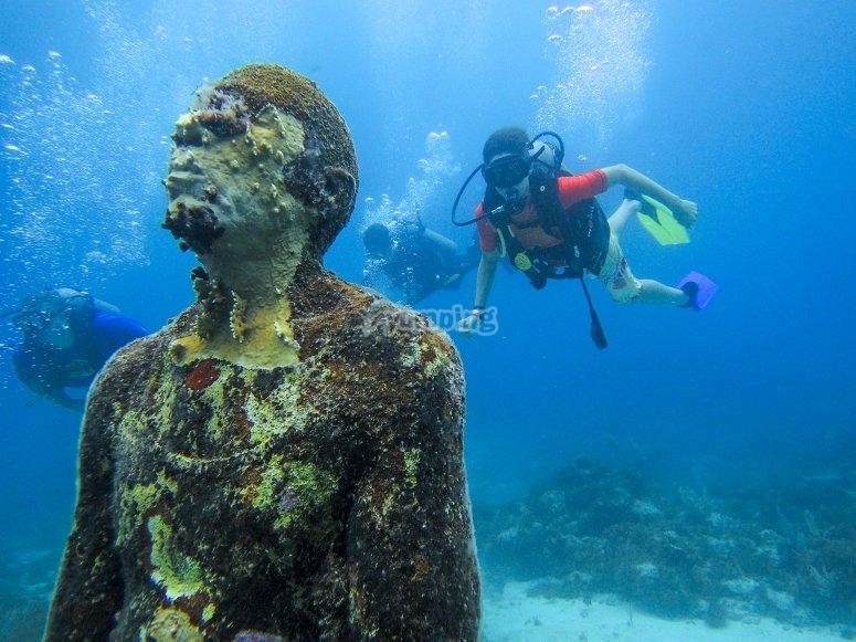 asombrosas estatuas