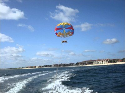 Parasailing in Cancun for 30 minutes