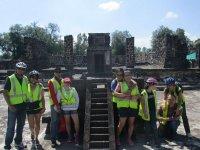 Visita en las pirámides