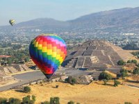 Balloon flight over pyramids