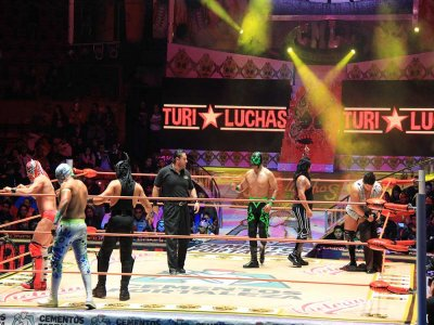 Cdmx and wrestling tour 3: 30Hrs children