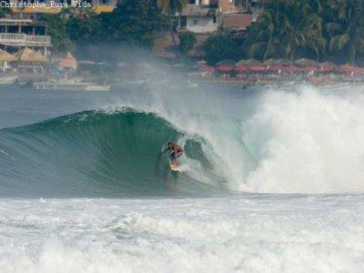Coco Loco Surf Club Surf