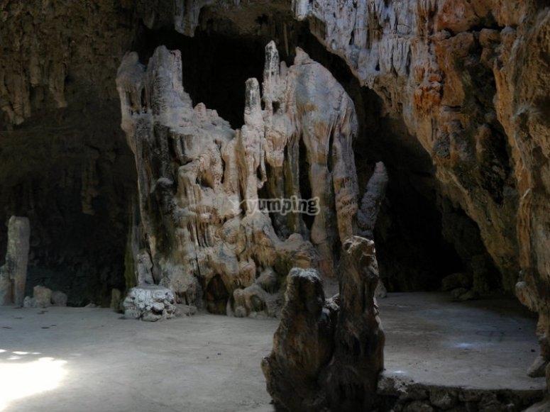 Visitando la gruta