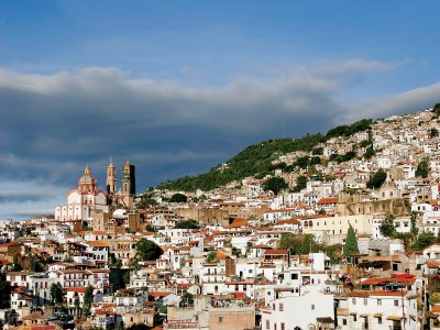 Visit with lodging and lunch to Taxco