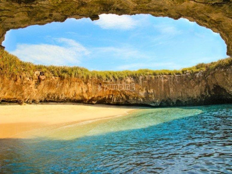 Admira las islas marietas