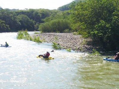 Kayak and zip line tour in Summers with food 7h