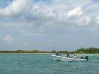 Paseos en lancha por las lagunas de Sian Ka'an