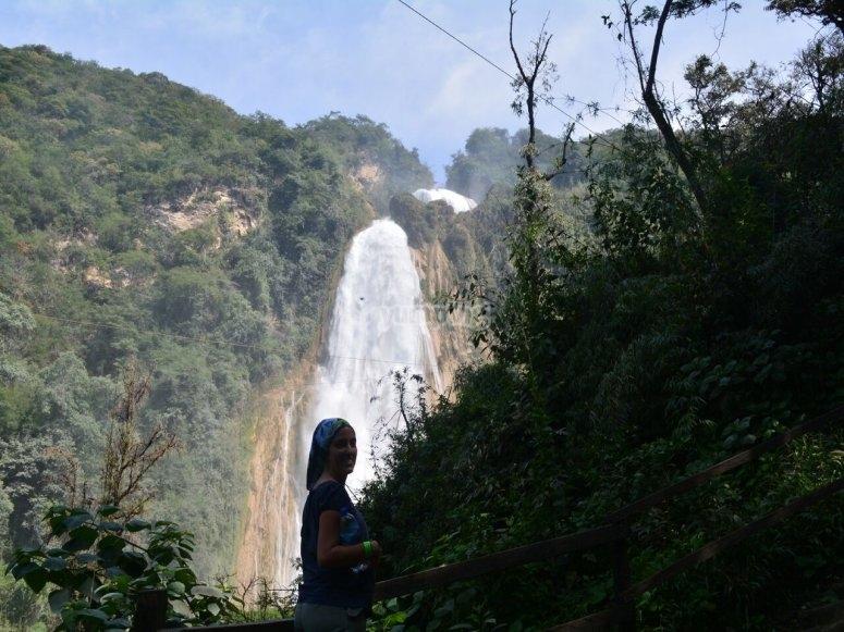 tour a cascadas