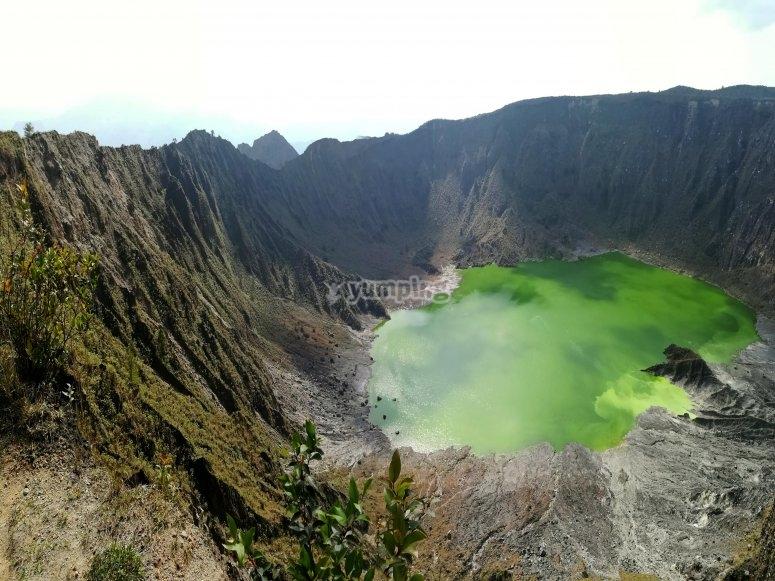 Admire the volcano