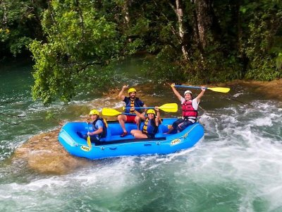 Hiking and Rafting in Selva Lacandona 14 hours