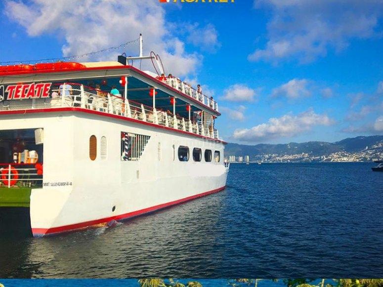 Fiesta en barco en Acapulco