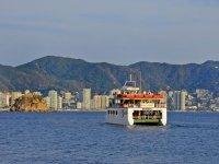 Paseo en Yate con barra libre y música Acapulco