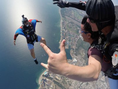 Parachuting skydive jump in Puerto Vallarta