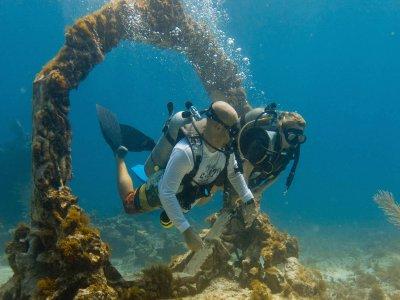 Boat trip, snorkeling buffet in Isla Mujeres