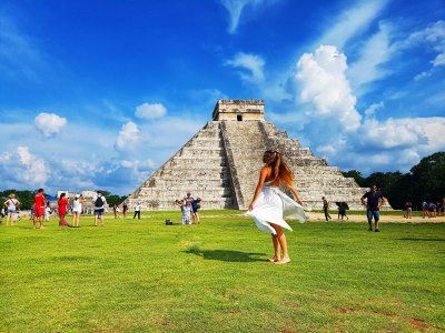 Visit to Chichen Itza, Cobá and Cenote with food