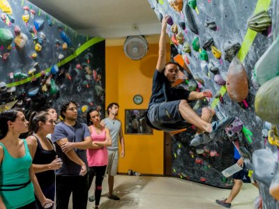 Monthly pass to climb in Mexico City