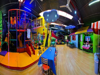 120 px children's party package with Taquiza