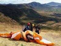 Preparing the paraglider