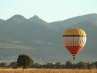Fly in a balloon as a couple