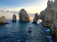 Paseo privado en Catamarán atardecer Los Cabos 2hr