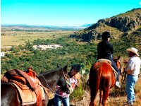 Horseback riding in Tarandacuao