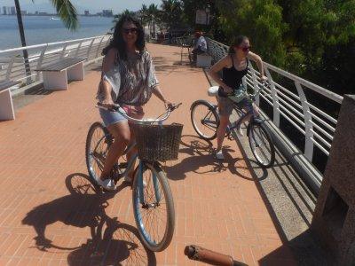 Tour en bicicleta por el Malecón de Vallarta