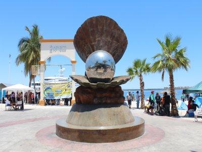 Tour Bahía Santa Cruz La Paz con comida