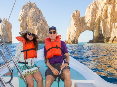 Boat tour in Cabo San Lucas and Land's End