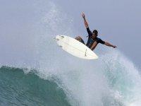 Vuela en tu tabla en las mejores playas del Pacífico