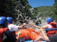 paddling in team