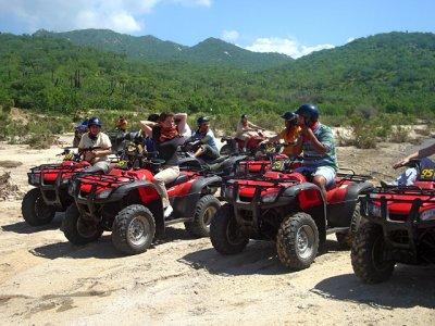 Quad tour through the Cascades in Candelaria