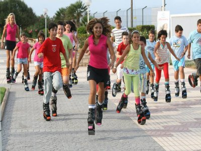 Kangoo Jumps bounce shoes for kids 1 Hr
